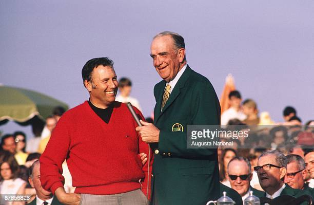 Billy Casper speaks at the Presentation Ceremony after winning the 1970 Masters Tournament at Augusta National Golf Club in April 1970 in Augusta...