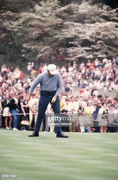 Billy Casper watches his putt during the 1970 Masters Tournament at Augusta National Golf Club in April 1970 in Augusta Georgia