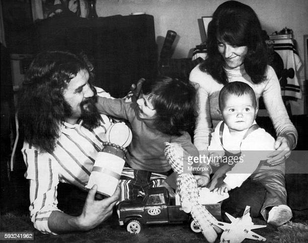 Billy Connolly Scottish comedian musician presenter and actor pictured with family wife Iris and children Jamie and Cara Circa 1974