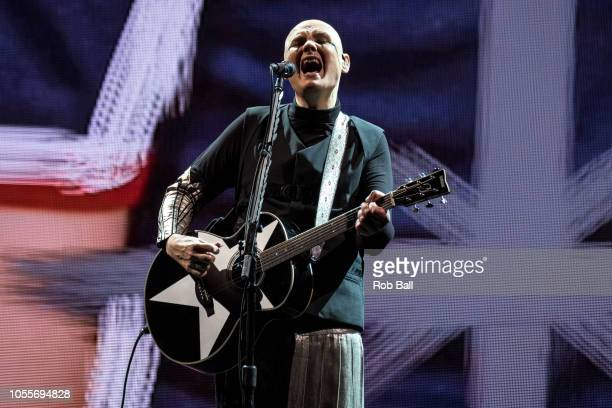 LONDON ENGLAND OCTOBER 16 Billy Corgan from The Smashing Pumpkins performs on October 16 2018 at the SSE Wembley Arena London England