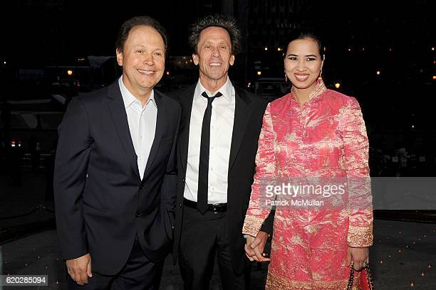 Billy Crystal Brian Grazer and Chosan Nguyen attend VANITY FAIR Tribeca Film Festival Party hosted by GRAYDON CARTER ROBERT DE NIRO and RONALD...