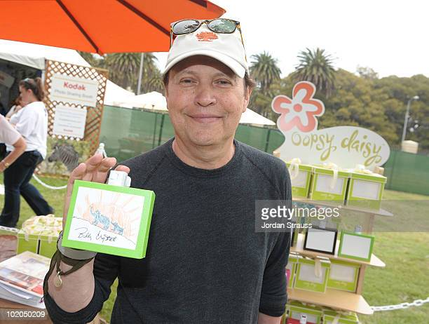 Billy Crystal participates at the Oopsy daisy Art Booth at Elisabeth Glaser Pediatric Aids Carnival at Wadsworth Theater on June 13 2010 in Los...
