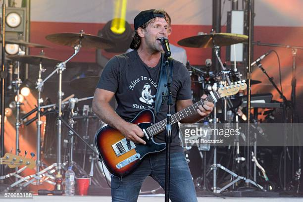 Billy Currington performs during the 4th Annual Windy City Smokeout BBQ and Country Music Festival on July 16 2016 in Chicago Illinois