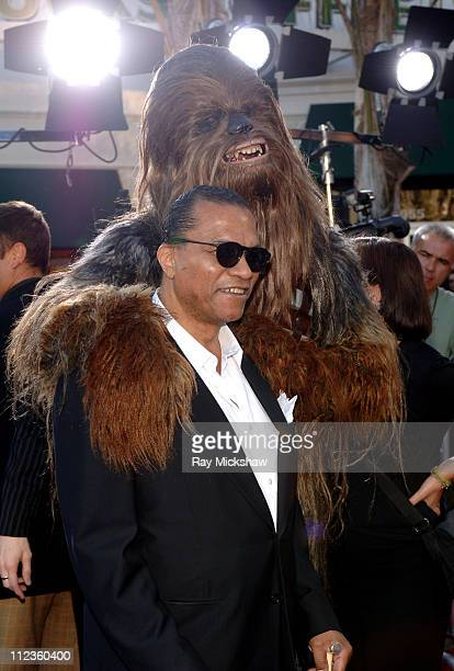 Billy Dee Williams and Chewbacca during Star Wars Episode III Revenge of The Sith Premiere to Benefit Artists for a New South Africa Charity Red...