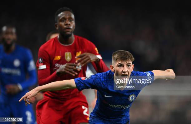 Billy Gilmour of Chelsea is in action during the FA Cup Fifth Round match between Chelsea FC and Liverpool FC at Stamford Bridge on March 03 2020 in...