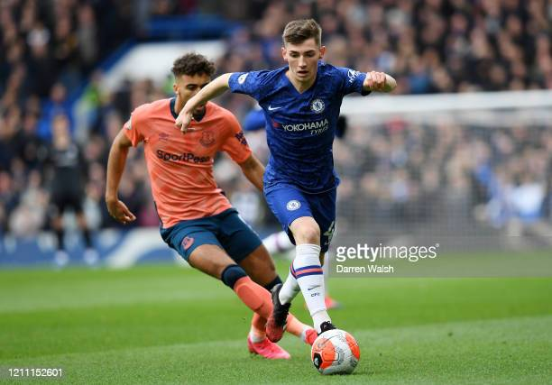 Billy Gilmour of Chelsea runs with the ball during the Premier League match between Chelsea FC and Everton FC at Stamford Bridge on March 08 2020 in...