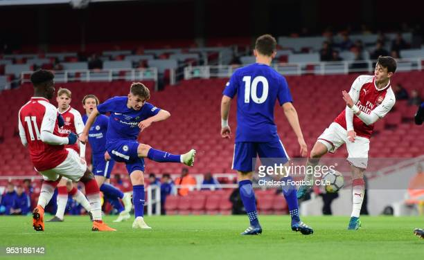 Billy Gilmour of Chelsea scores during the Arsenal v Chelsea FA Youth Cup Final Second Leg at Emirates Stadium on April 30, 2018 in London, England.