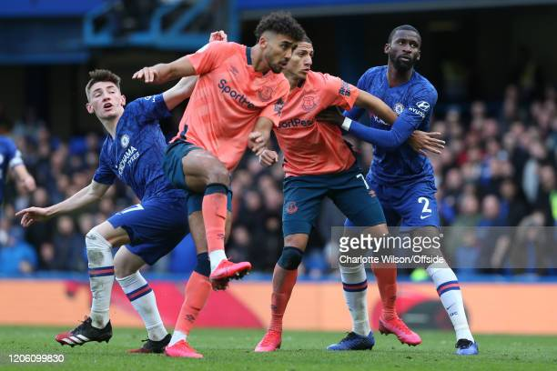 Billy Gimour of Chelsea Dominic CalvertLewin of Everton Richarlison of Everton and Antonio Rudiger during the Premier League match between Chelsea FC...