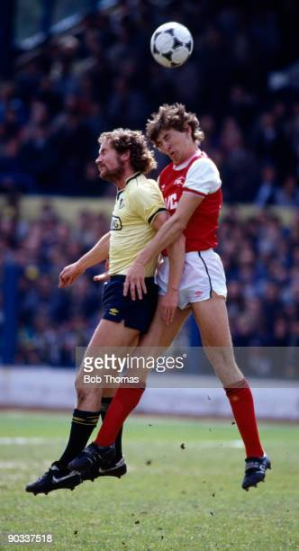 Billy Hamilton of Oxford United with Tony Adams of Arsenal during the Oxford United v Arsenal Division 1 match held at the Manor ground on the 5th...