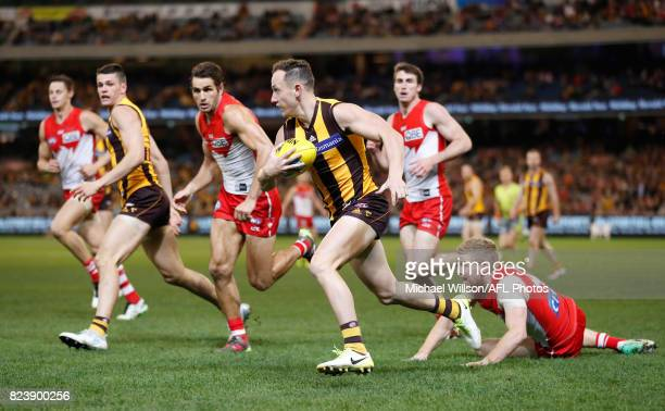 Billy Hartung of the Hawks in action during the 2017 AFL round 19 match between the Hawthorn Hawks and the Sydney Swans at the Melbourne Cricket...