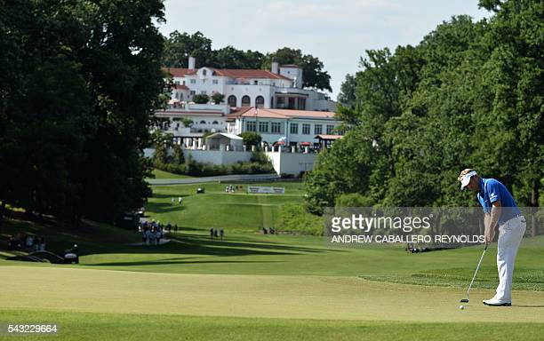 Billy Hurley III putts during the Quicken Loans National at Congressional Country Club in Bethesda Maryland on June 26 2016 / AFP / ANDREW...