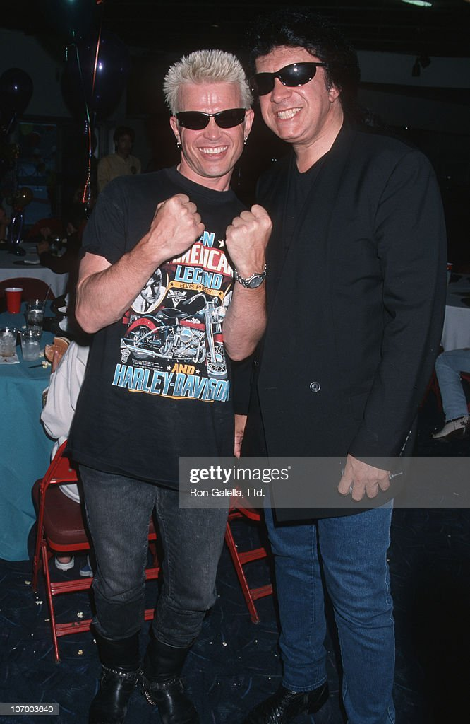 billy-idol-and-gene-simmons-of-kiss-during-billy-idol-and-gene-at-picture-id107003640