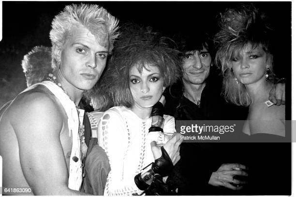 Billy Idol Perri Lister Ron and Jo Wood at Perri Lister's birthday party at the Cat Club April 10 1984