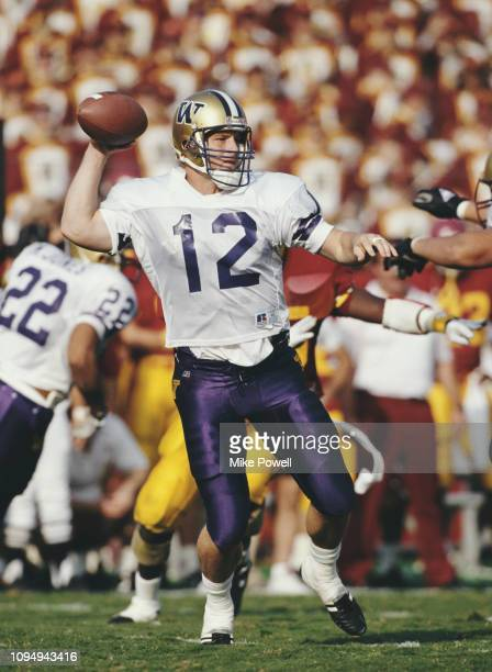 Billy Joe Hobert,Quarterback for the University of Washington Huskies during the NCAA Pac-10 Conference college football game against the University...