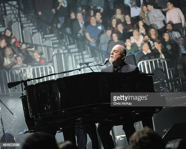 Billy Joel performs at Philips Arena on February 28 2015 in Atlanta Georgia