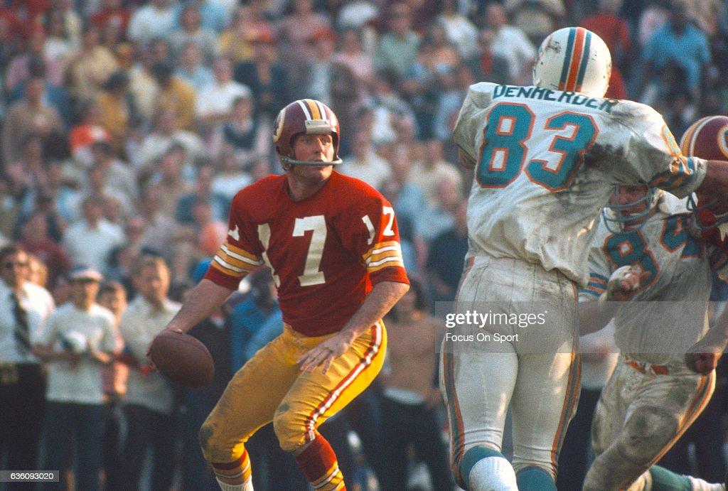 Super Bowl VII - Washington Redskins v Miami Dolphins : News Photo