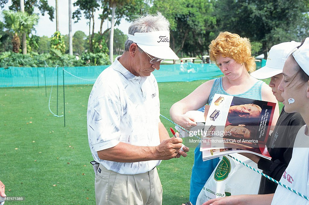 Billy King signing autographs during the 56th Senior PGA ...