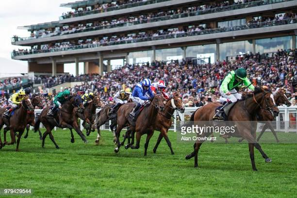 Billy Lee riding Settle For Bay win The Royal Hunt Cup on day 2 of Royal Ascot at Ascot Racecourse on June 20, 2018 in Ascot, England.