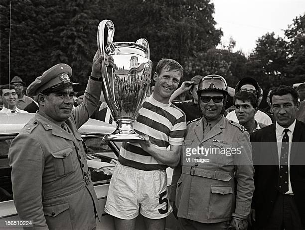 Billy McNeill of Celtic during the Europa Cup match between Celtig Glasgow and Inter Milan on May 25 1967 at Lissabon Portugal