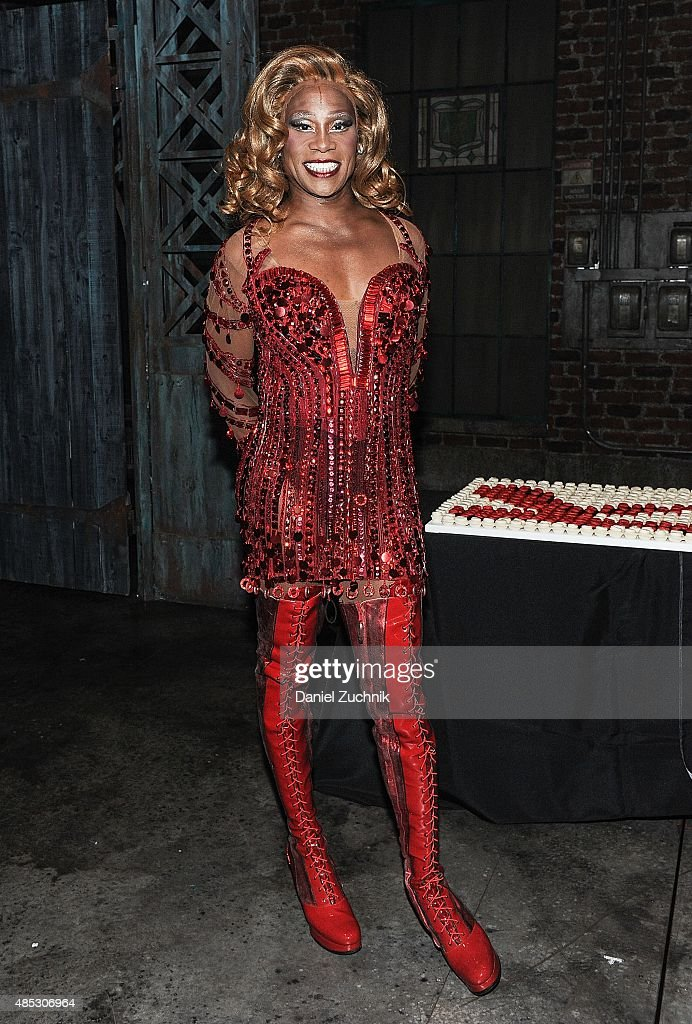 """Kinky Boots"" Celebrates 1000 Performances On Broadway"