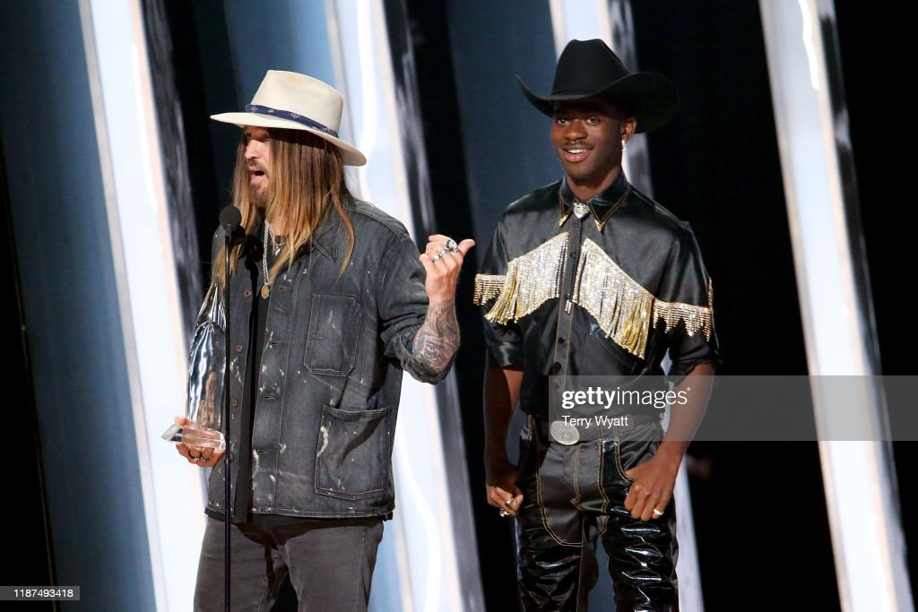 The 53rd Annual CMA Awards - Show : News Photo