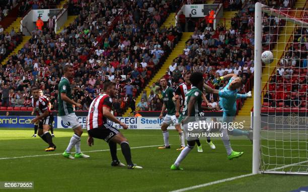 Billy Sharp of Sheffield United scores during the Sky Bet Championship match between Sheffield United and Brentford at Bramall Lane on August 5 2017...