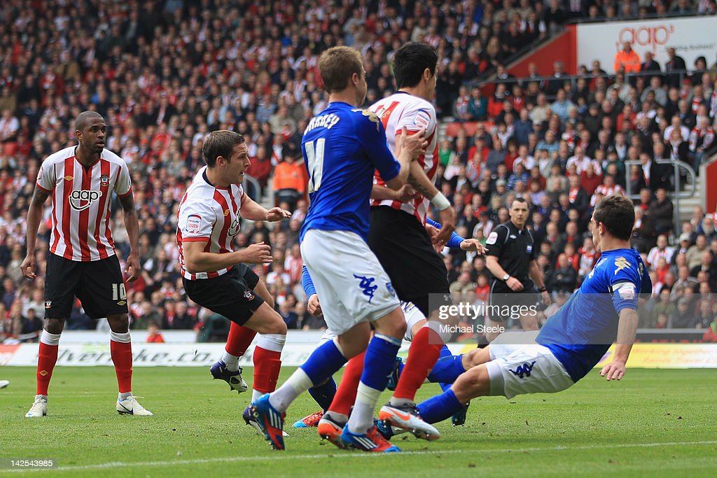 Billy Sharp (2L) of Southampton scores the opening goal during the npower Championship match between Southampton and Portsmouth at St Mary's Stadium on April 7, 2012 in Southampton, England.