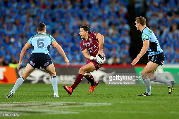 Billy Slater of the Maroons passes the ball during game three of the ARL State of Origin series between the New South Wales Blues and the Queensland...