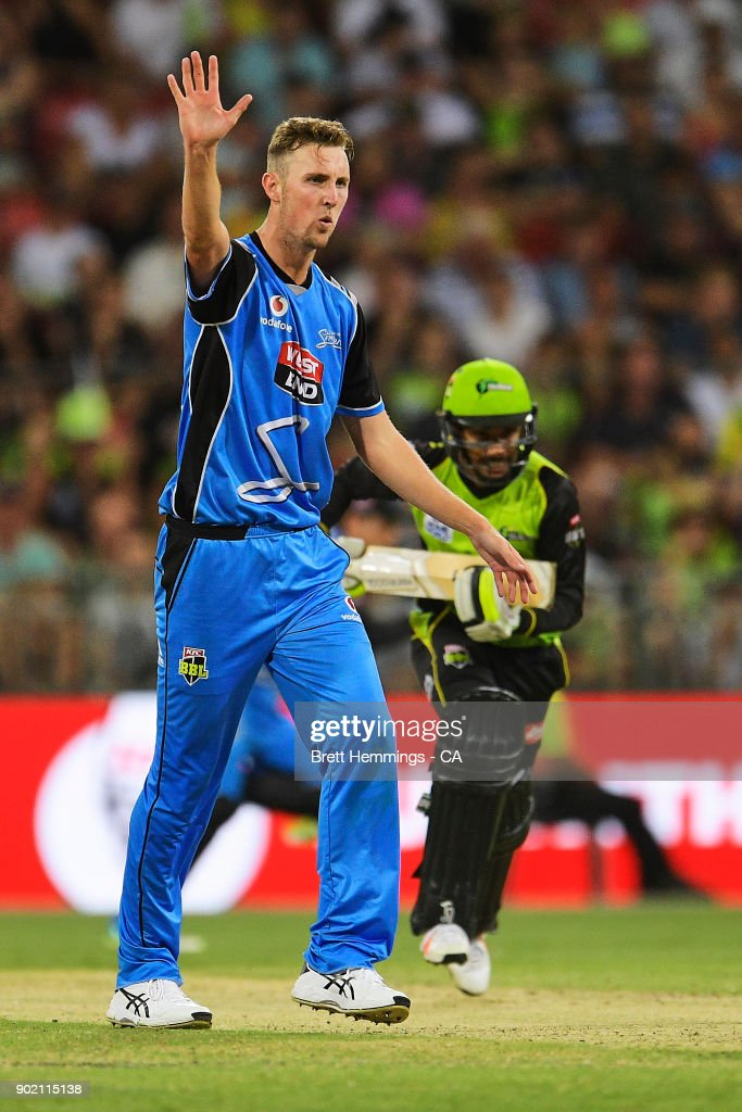 Billy Stanlake of the Strikers reacts during the Big Bash League match between the Sydney Thunder and the Adelaide Strikers at Spotless Stadium on January 7, 2018 in Sydney, Australia.
