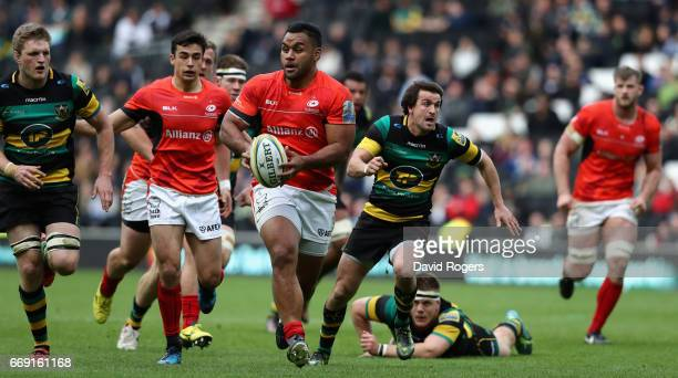 Billy Vunipola of Saracens breaks with the ball during the Aviva Premiership match between Northampton Saints and Saracens at Stadium mk on April 16...