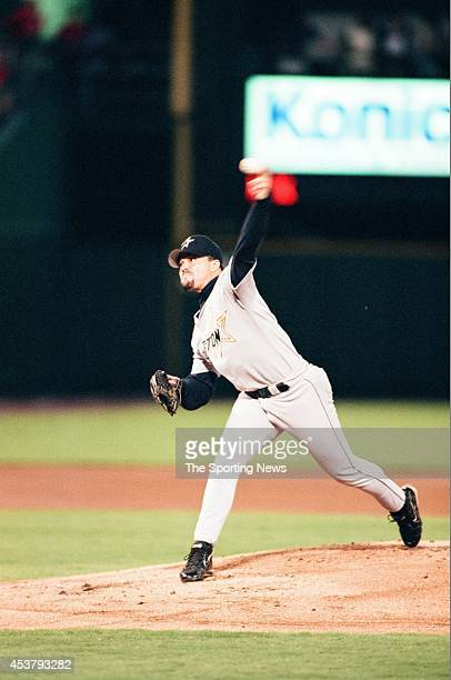 Billy Wagner of the Houston Astros pitches against the St Louis Cardinals at Busch Stadium on September 23 1998 in St Louis Missouri
