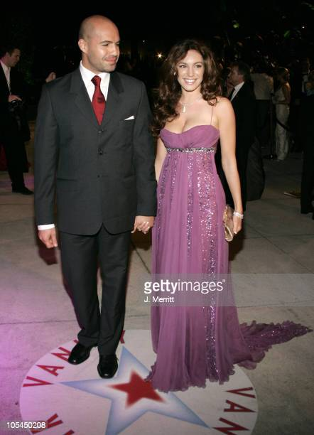 Billy Zane and Kelly Brook during 2005 Vanity Fair Oscar Party at Mortons in Los Angeles California United States