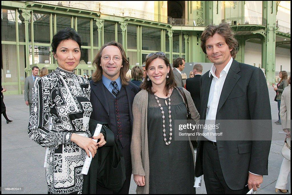 Bina Lloyd, Bill Pallot, Valentine Seilliere And Husband At Private Viewing  Of The Richard