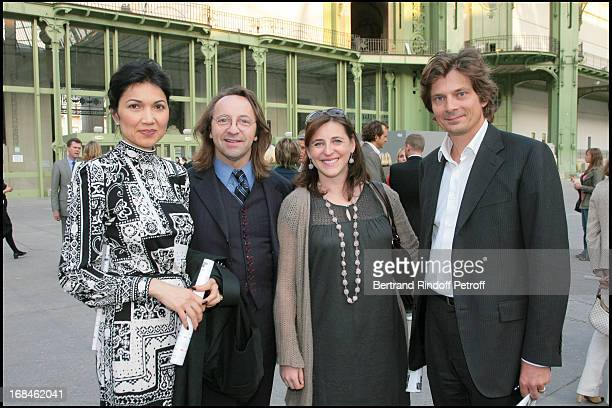Bina Lloyd Bill Pallot Valentine Seilliere and husband at Private Viewing Of The Richard Serra Exhibition Promenade Monumeta 2008 At Grand Palais
