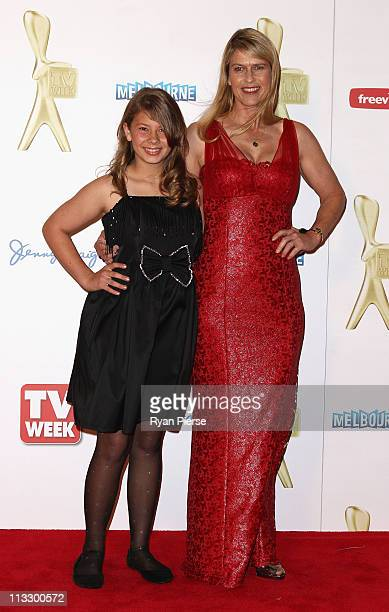 Bindi Irwin and Terri Irwin arrive on the red carpet ahead of the 2011 Logie Awards at Crown Palladium on May 1 2011 in Melbourne Australia