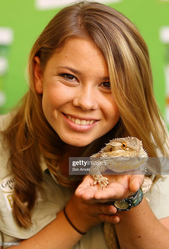 Bindi Irwin poses with a lizard during the Goulburn Valley Fresh launch at Martin Place on February 18, 2013 in Sydney, Australia.
