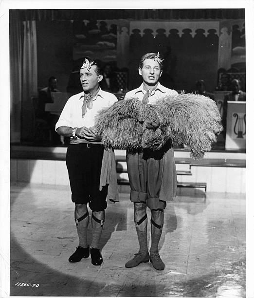 bing crosby and danny kaye in white christmas - How Old Was Bing Crosby In White Christmas