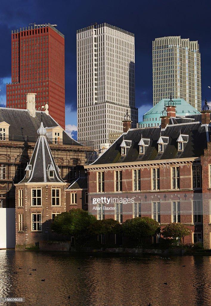 Binnenhof parliment buildings : Stock Photo