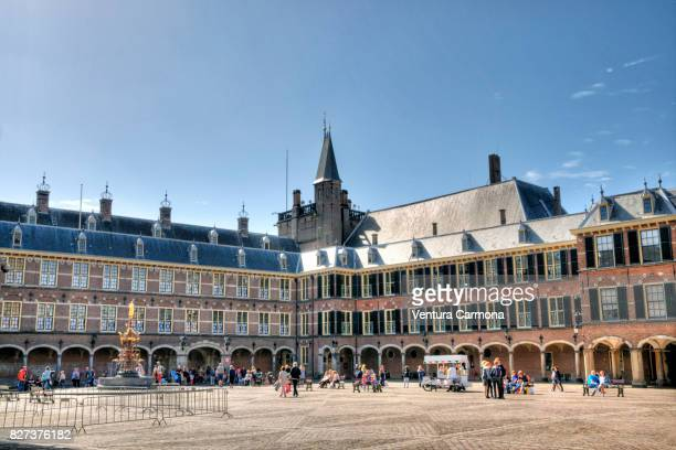 binnenhof - the hague, the netherlands - binnenhof stock photos and pictures