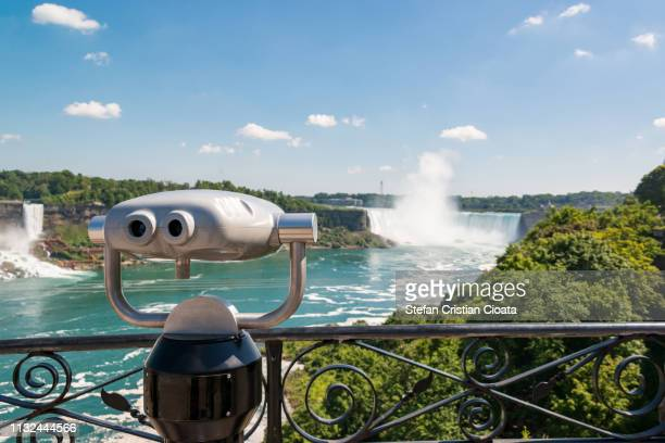 binocular at niagara falls, canada usa border - horseshoe falls niagara falls stock pictures, royalty-free photos & images