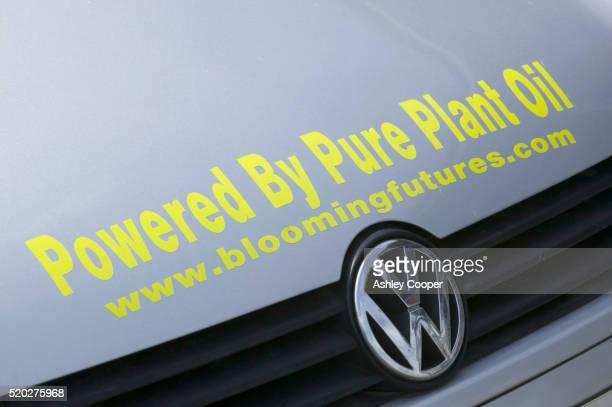 biodiesel powered car at bedzed - bedzed fotografías e imágenes de stock