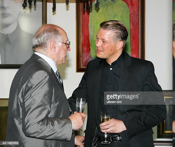 Biolek Alfred * Moderator Fernsehkoch Jurist D mit Constantin Rothenburg