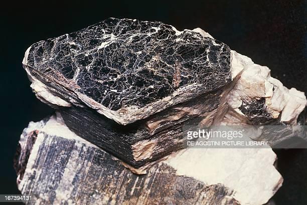 Biotite silicate