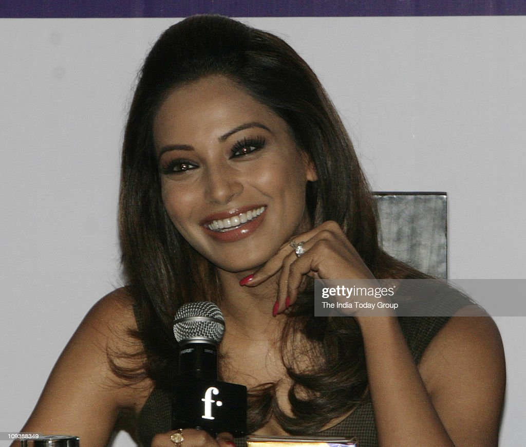Bipasha Basu announces the Launch of Diary Best`s LivLite brand ghee in New Delhi on Wednesday February 23 2011