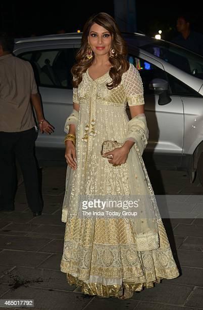 Bipasha Basu at Wedding reception of Tulsi Kumar in Mumbai.