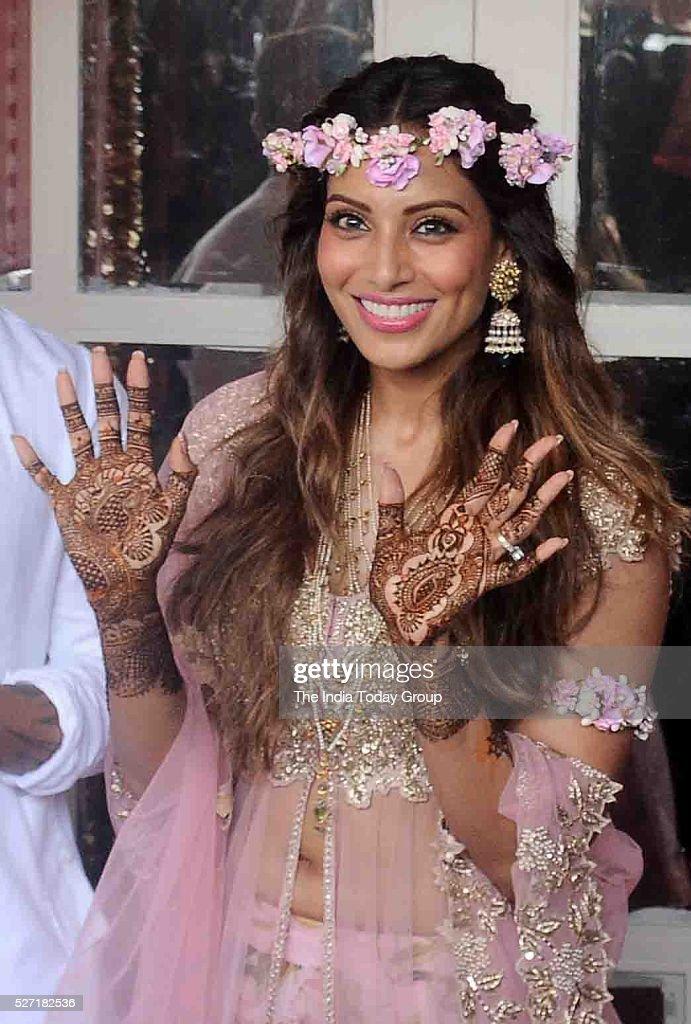 Bipasha Basu during her Mehndi ceremony at Villa 69 Juhu Mumbai