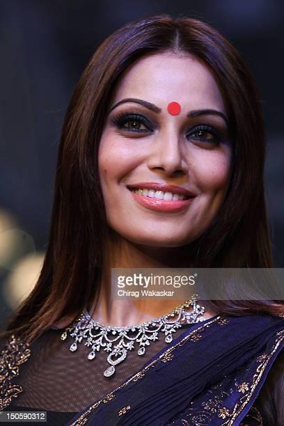 Bipasha Basu walks the runway in a Gitanjali Jewellery design at the India International Jewellery Week 2012 Day 4 at the Grand Hyatt on August 22,...