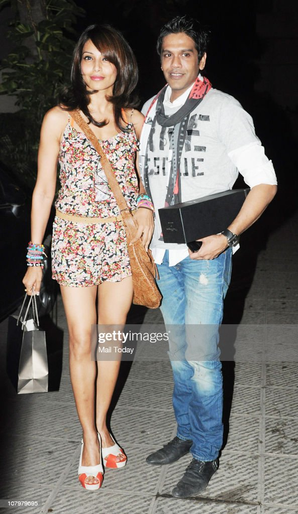 Bipasha Basu with designer Rocky S at the birthday party of actor Hrithik Roshan