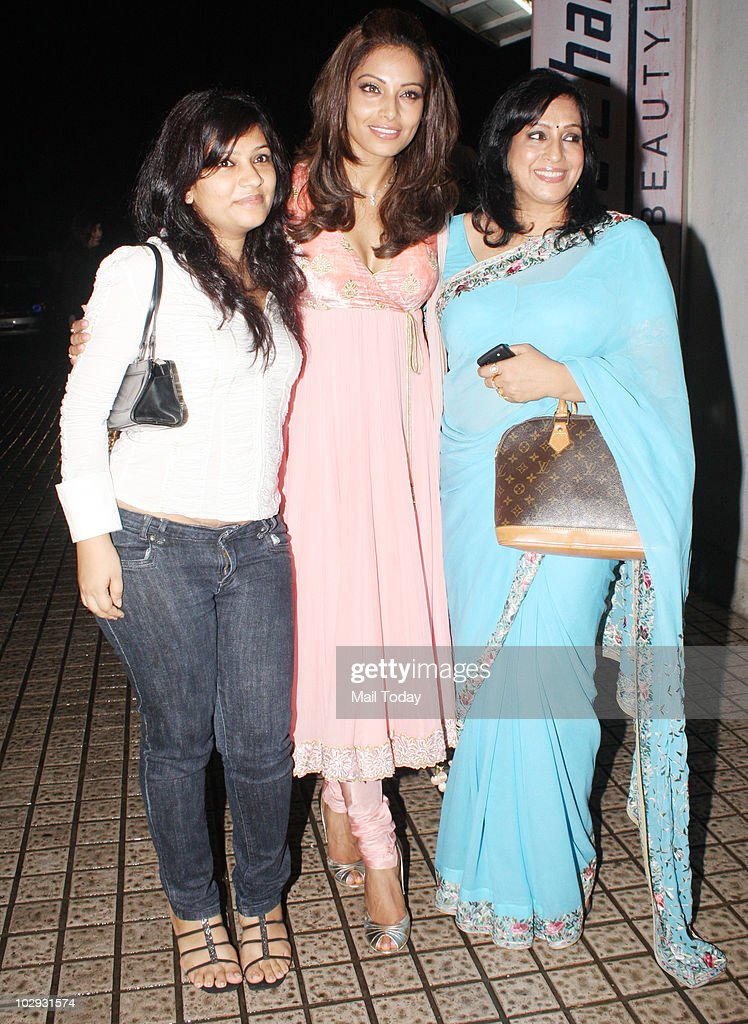 Bipasha Basu with her mother Mamta and her sister at the screening of the film Lamhaa in Mumbai on July 15 2010