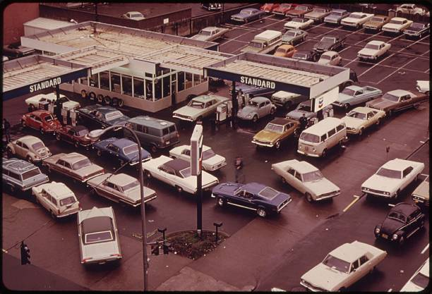 UNS: In The News: Past US Gas Shortages